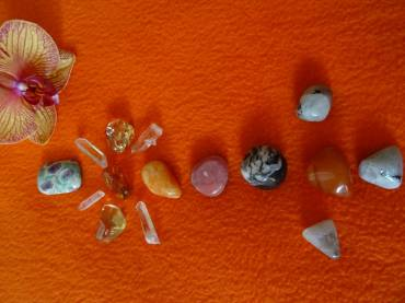 Crystal Healing Chakra Array Therapy