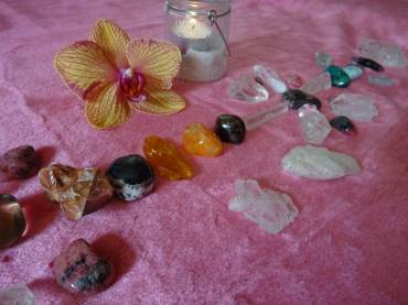 Crystal Therapy Self-Healing Treatment