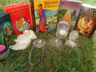 Black Moon and New Moon Reading 30 September 2016